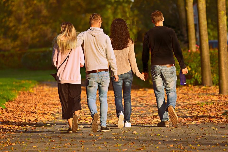 Herfst familie samen gelukkig
